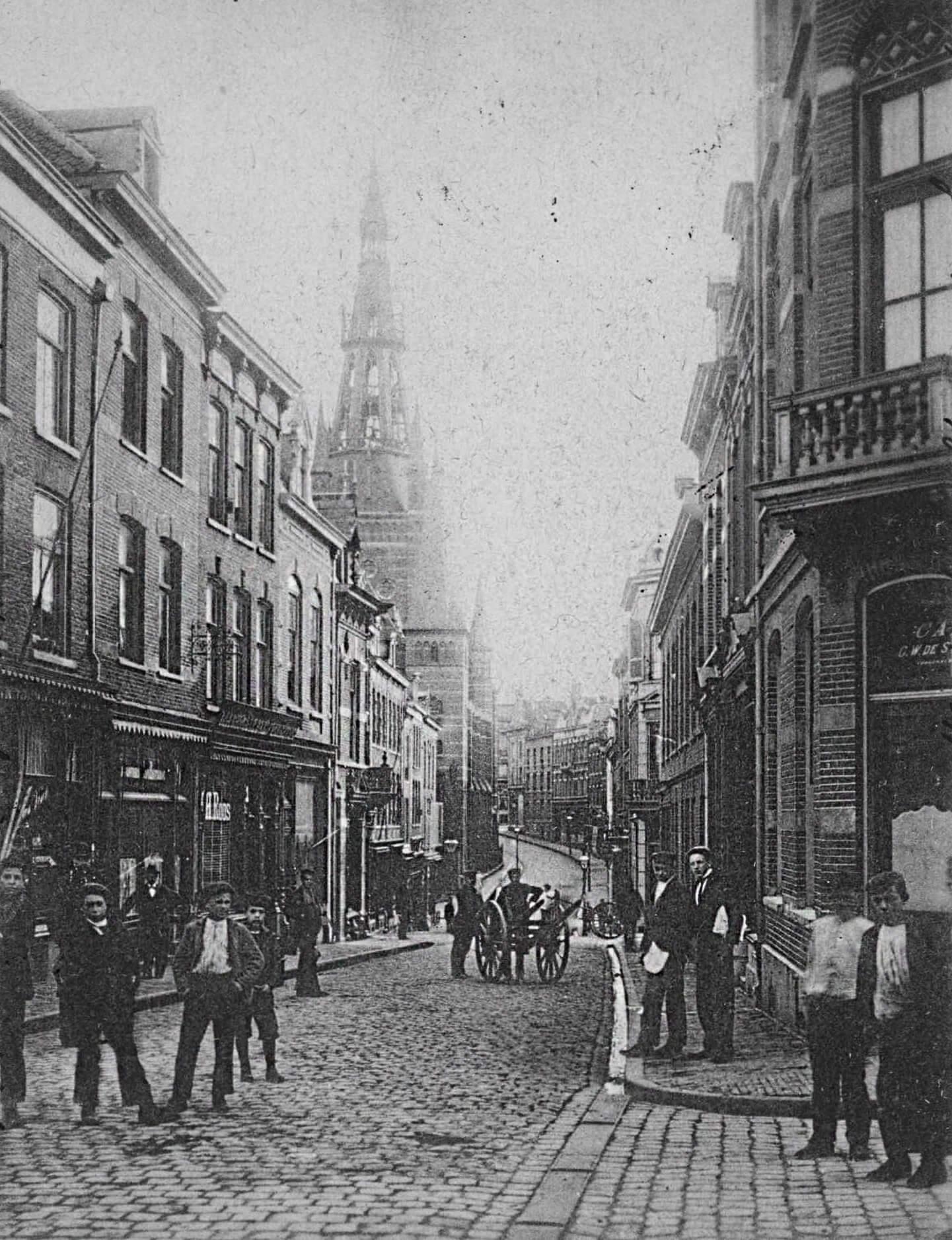 Bloemerstraat rond 1895