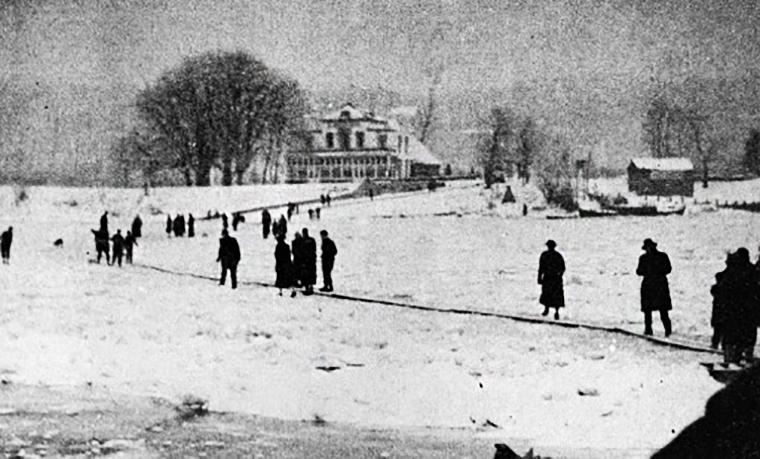 Lopend over de Rijn in de winter van 1939-1940
